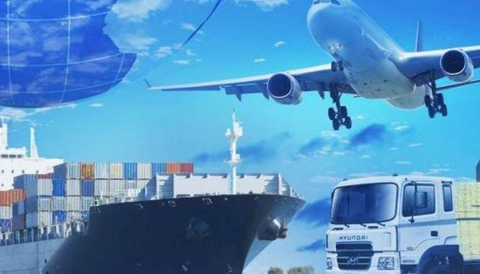 Insider-tips-on-what-to-ask-before-selecting-a-freight-forwarder-800x400